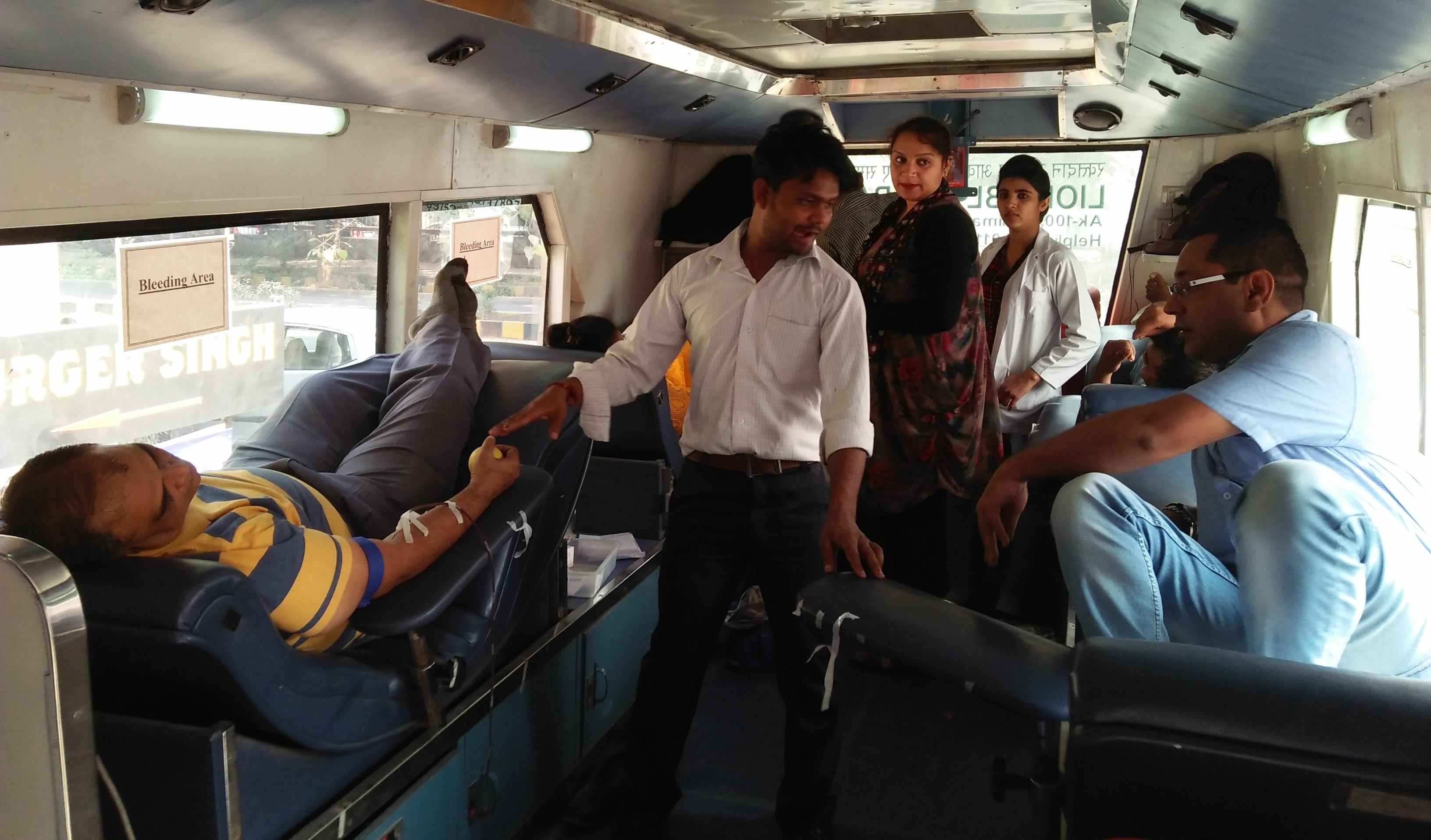 Enthusiastic participation makes Dwarka blood donation camp successful