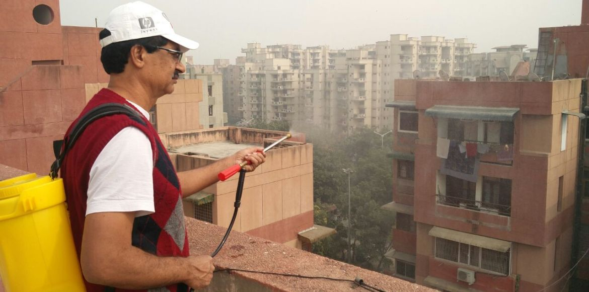 Dwarka's  Parminder Khetrapal knows how to battle smog. Do you?
