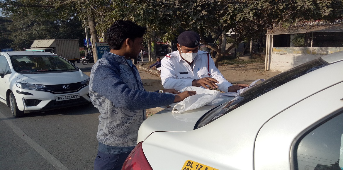Find out why this Gurgaon police inspector was rewarded by the commissioner