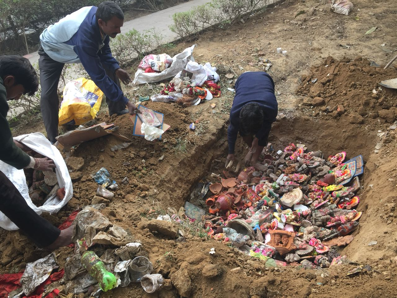 Indirapuram residents rescue abandoned 'gods' left out in the open to decay
