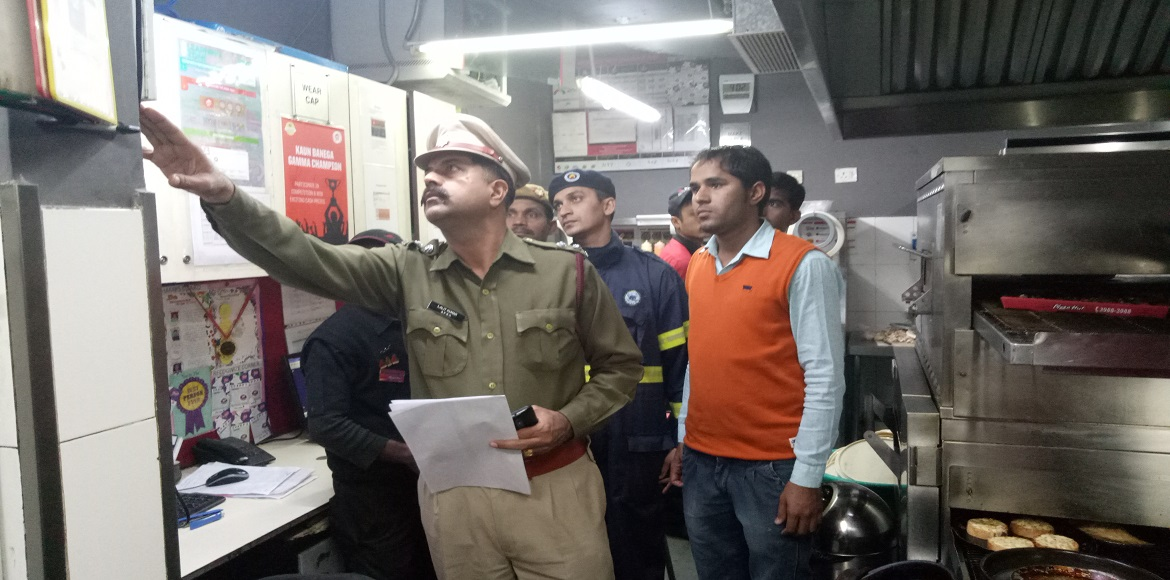 Gurgaon steps up fire safety in its restaurants and pubs after Mumbai incident