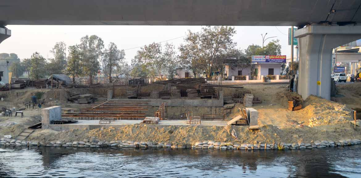 Two new bridges on Hindon canal could ease traffic woes on CISF Road, I'puram