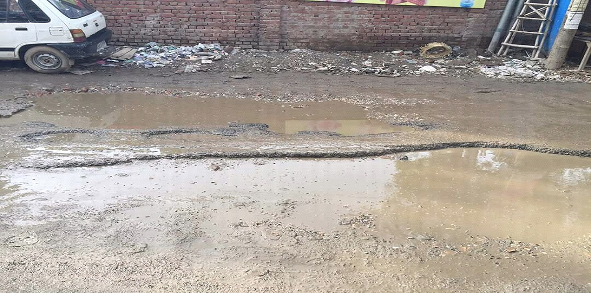 Ghaziabad: Road to Indirapuram's Amrapali Village likely to get a facelift