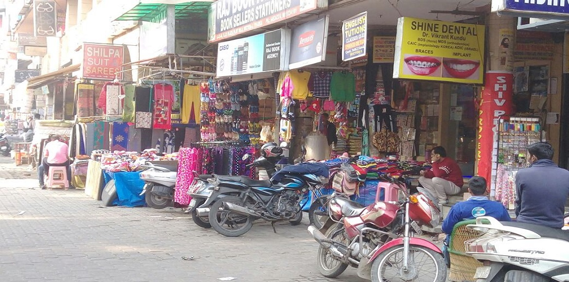 Why isn't anyone doing anything about the encroachment in Dwarka markets?