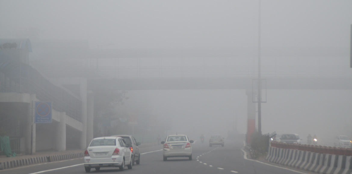 NCR wakes up to a foggy Republic Day