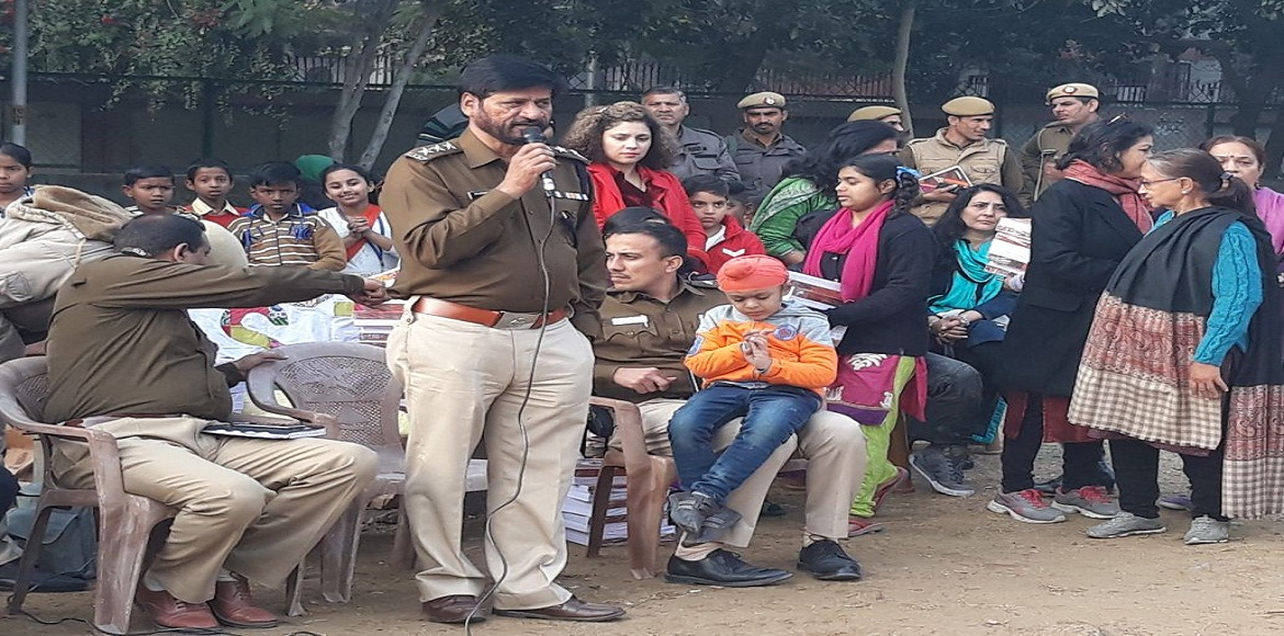 Dwarka: ACP inspires children to raise the glory of the nation