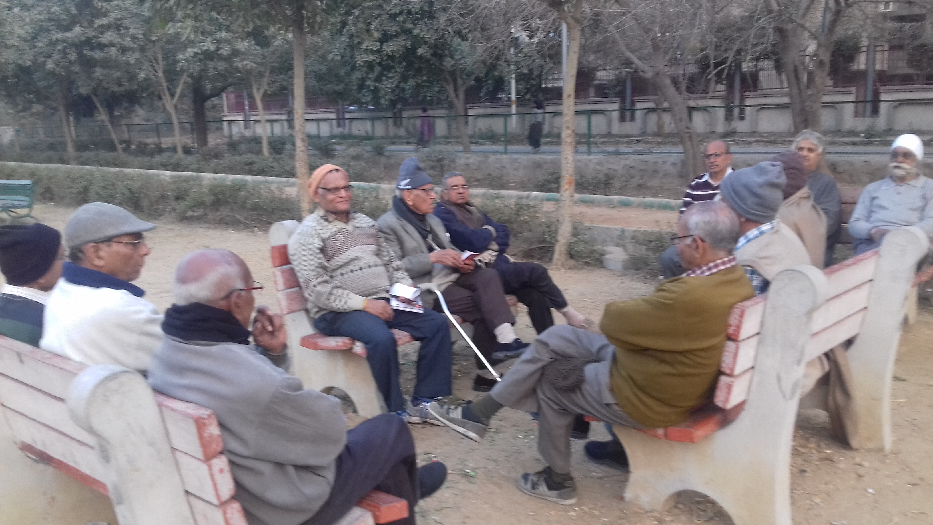Dwarka Sector 3 senior citizens request DDA to build them a shelter in locality