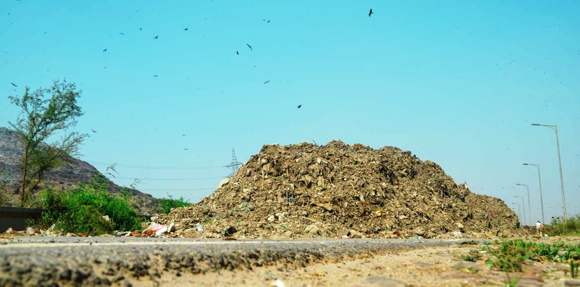 NHAI flip-flops on using Ghazipur landfill waste for road building