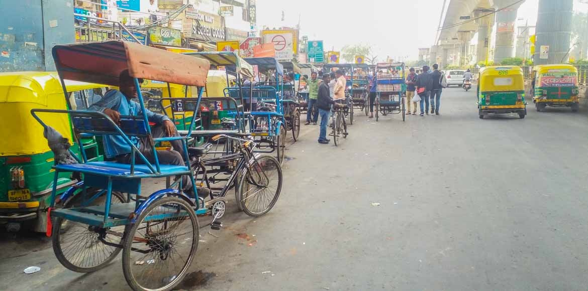 Noida Authority comes down on illegal parking and encroachments