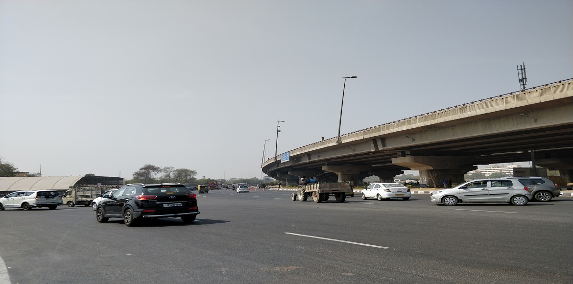Why has the underpass at Rajiv Chowk become a danger zone?