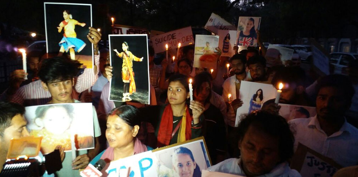 Ekisha Shah's parents organise candle march, deman