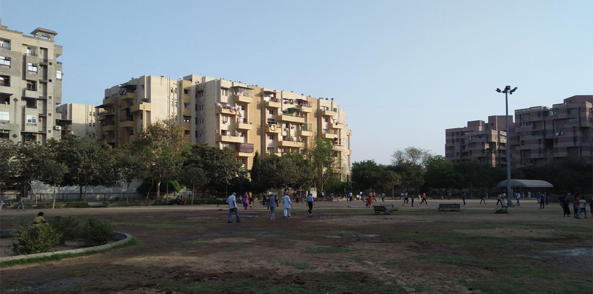 Residents claim Dwarka parks are unsafe, seek pres