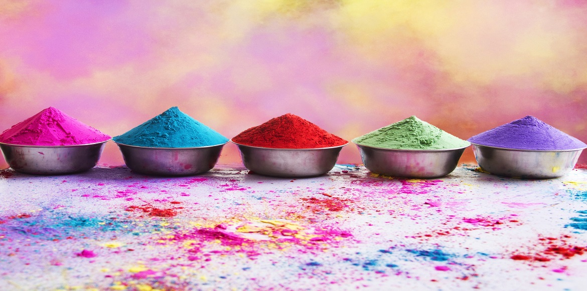 Gurgaon: It's all about herbal colours, rain dances and delicacies this Holi!