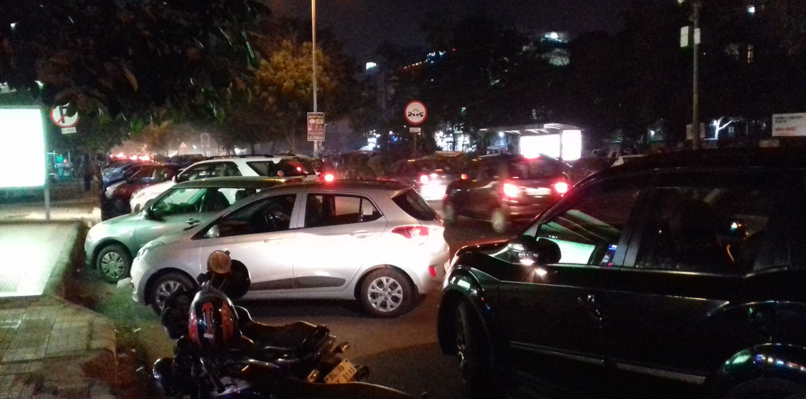 Dwarka grappling with perennial problems of parking