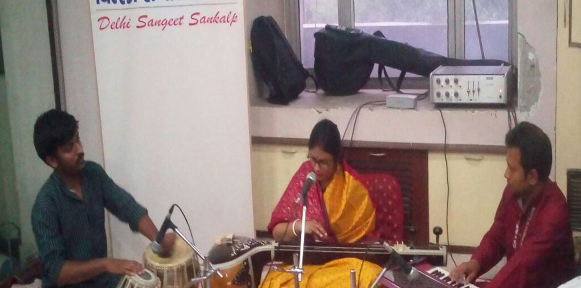 Spellbinding classical music, poetry recitation enthral Dwarka residents