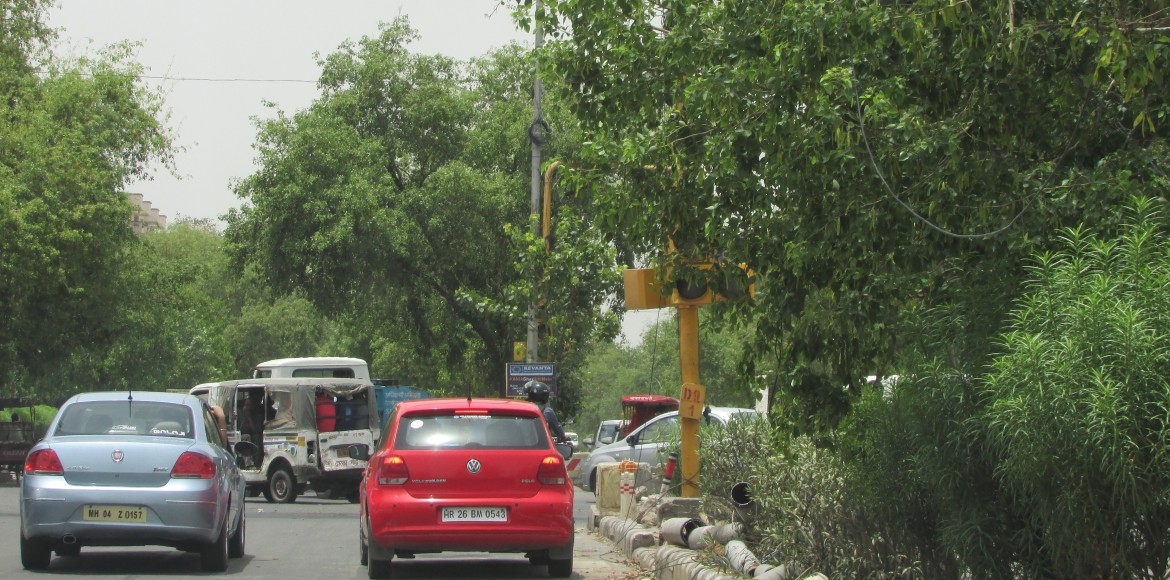 Why can't Dwarka commuters read the traffic signals?