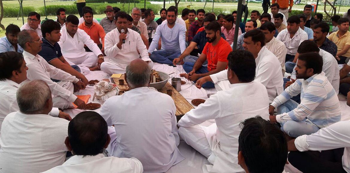 Noida: Residents turn to havan, fasting to stop up