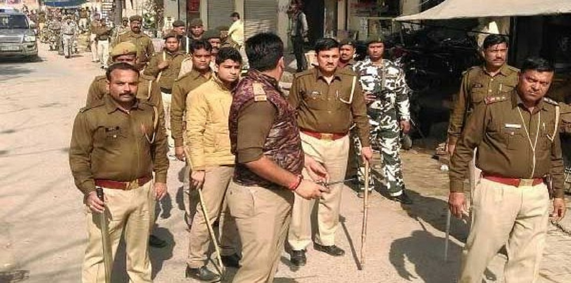 Noida: Police arrest five persons for falsely claiming robbery of Rs 8 lakh