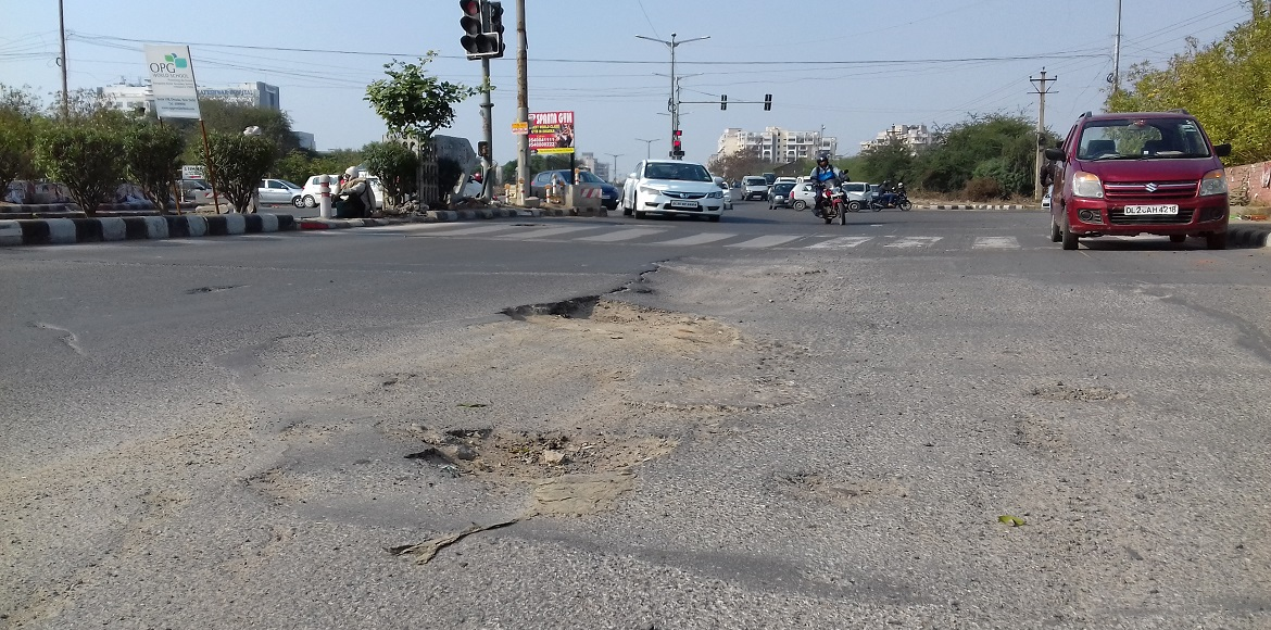 Dwarka: Accidents galore on bad roads; people perp
