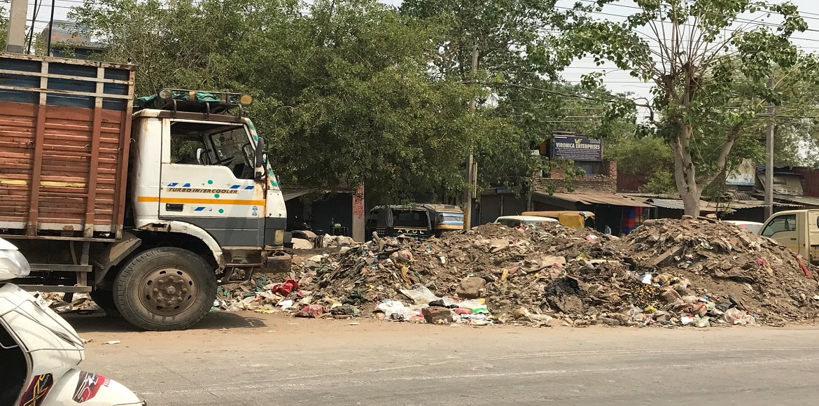Gurgaon: Unattended garbage cause problems amidst