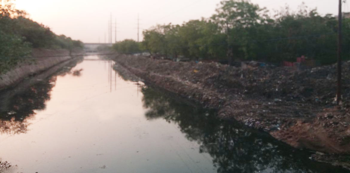 Noida Authority says cleaning of main irrigation drain 98% complete