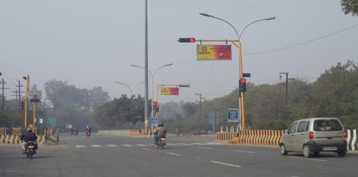 Noida to introduce new system to manage traffic lights as per vehicle density