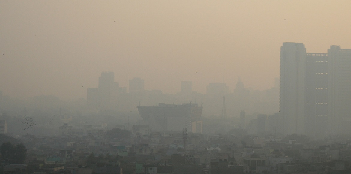 Delhi: Air pollution improves marginally; many areas still in 'severe' category