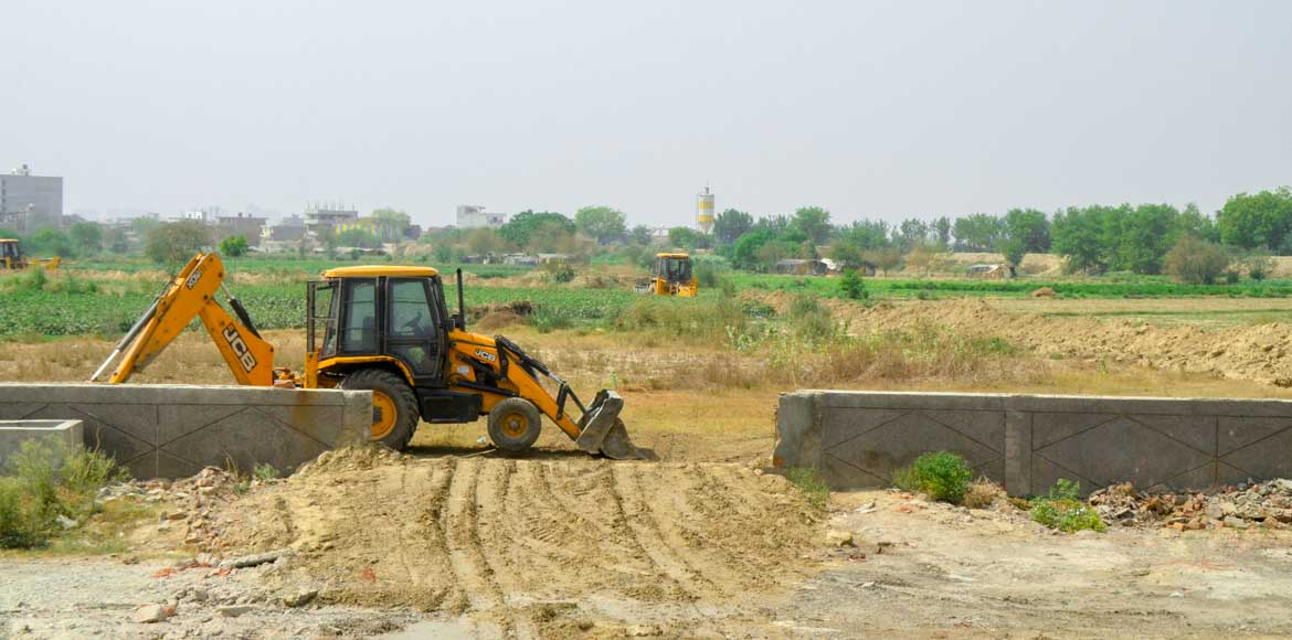 Protests erupt as Noida authority decides to set up landfill site at Sector 123