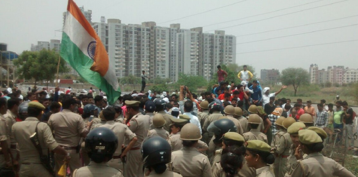 Noida police starts arrest of landfill protesters not complying with notice