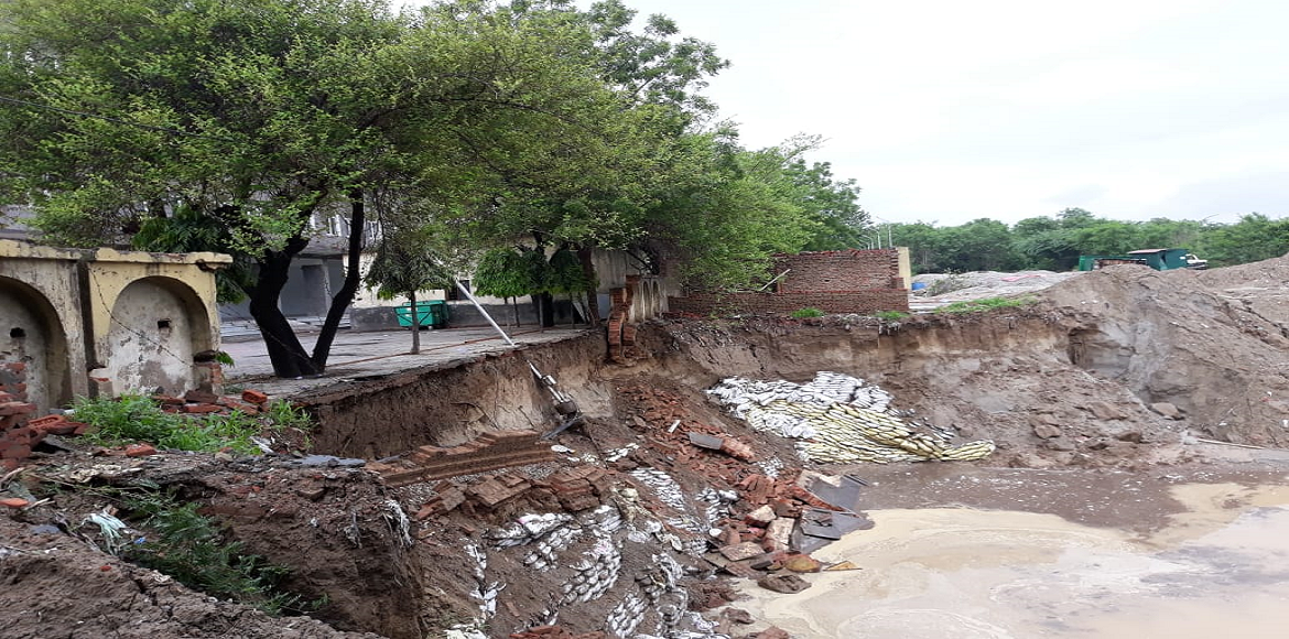 Boundary wall of community centre collapses in Sec