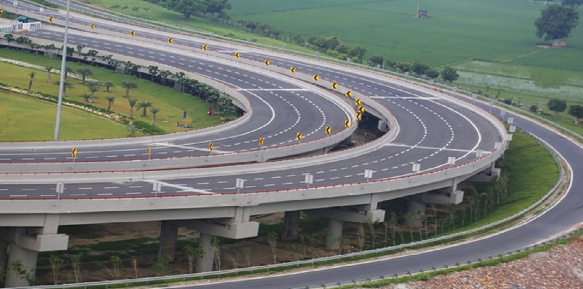 JAL submits plan in SC for hiving off JIL's Yamuna Expressway