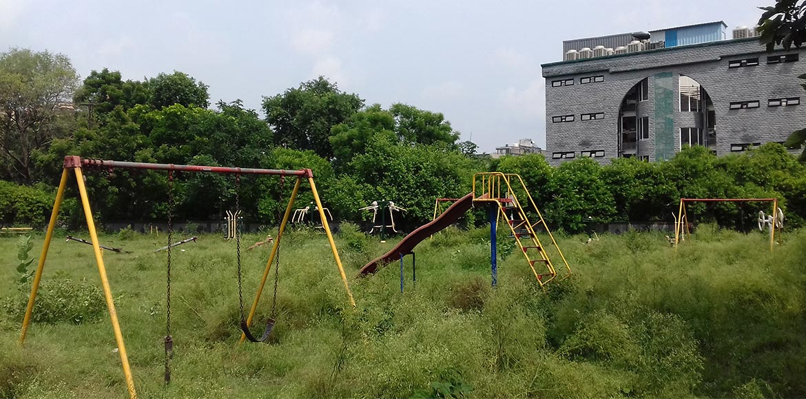 Dwarka: Park in Sector 10 lies in utter neglect