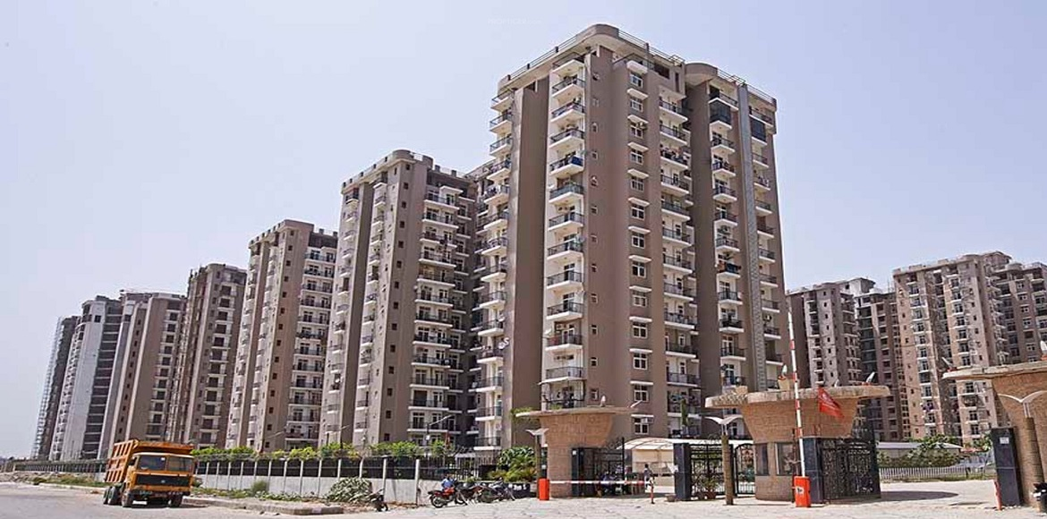 Residents of Amrapali Zodiac write to DM over disc