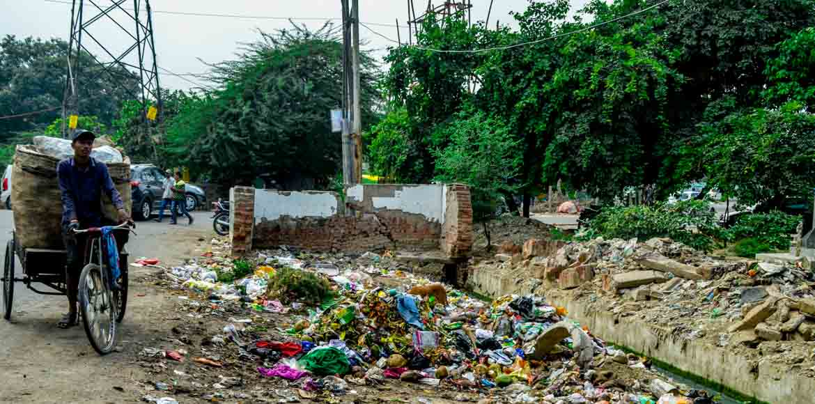 Noida Authority awards contracts for holistic waste management