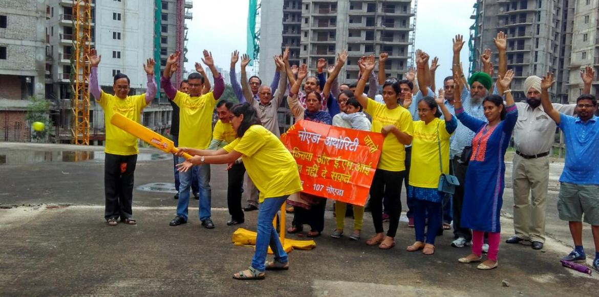 Homebuyers of Amrapali Heartbeat City, Noida, now take to cricket to vent