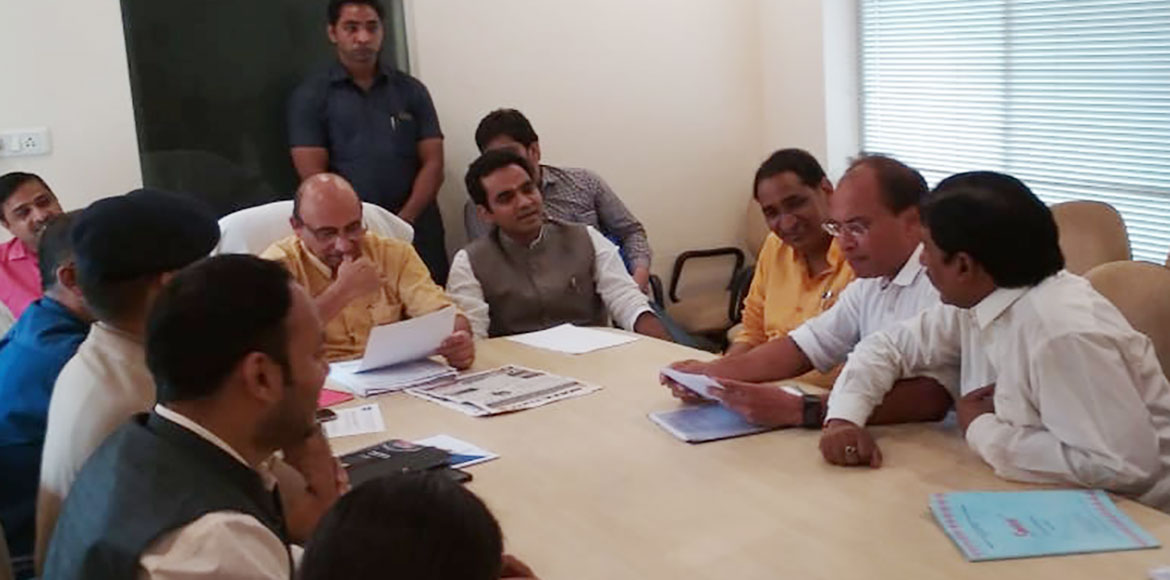 NOFAA, FONRWA discuss range of civic issues with district in-charge of GB Nagar