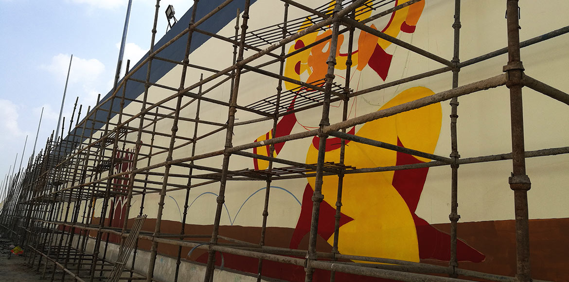 Noida: Wall art to add sheen to under-construction