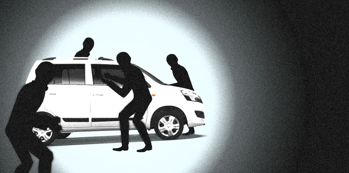 WagonR snatched from Ola driver on Noida-GreNo Exp
