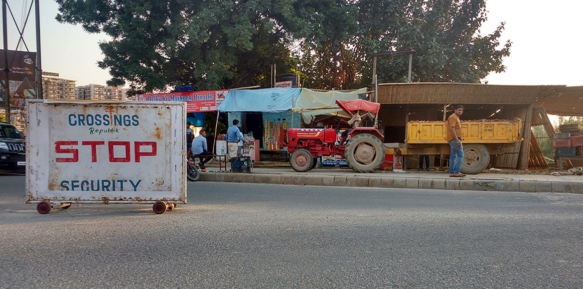 Makeshift eateries at Crossings roundabout to retu