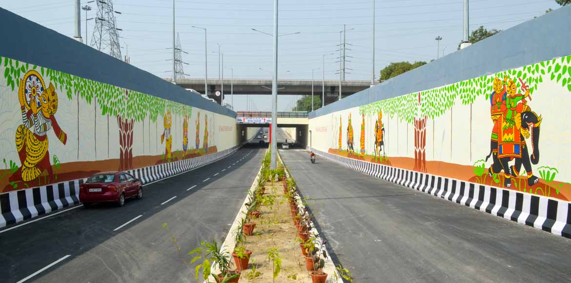 Noida: Minister inaugurates NTPC underpass, Herbal and Medicinal Park