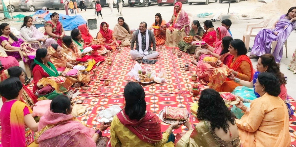 PHOTO KATHA: How Dwarka women rocked it this Karva
