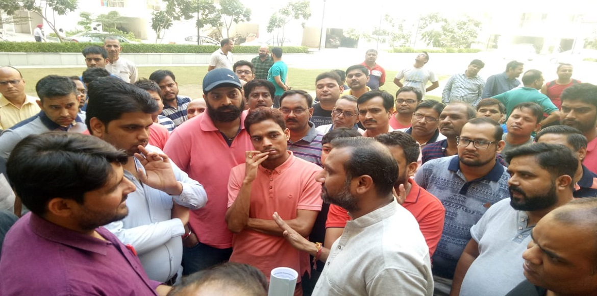 Panchsheel Greens residents in Noida protest again