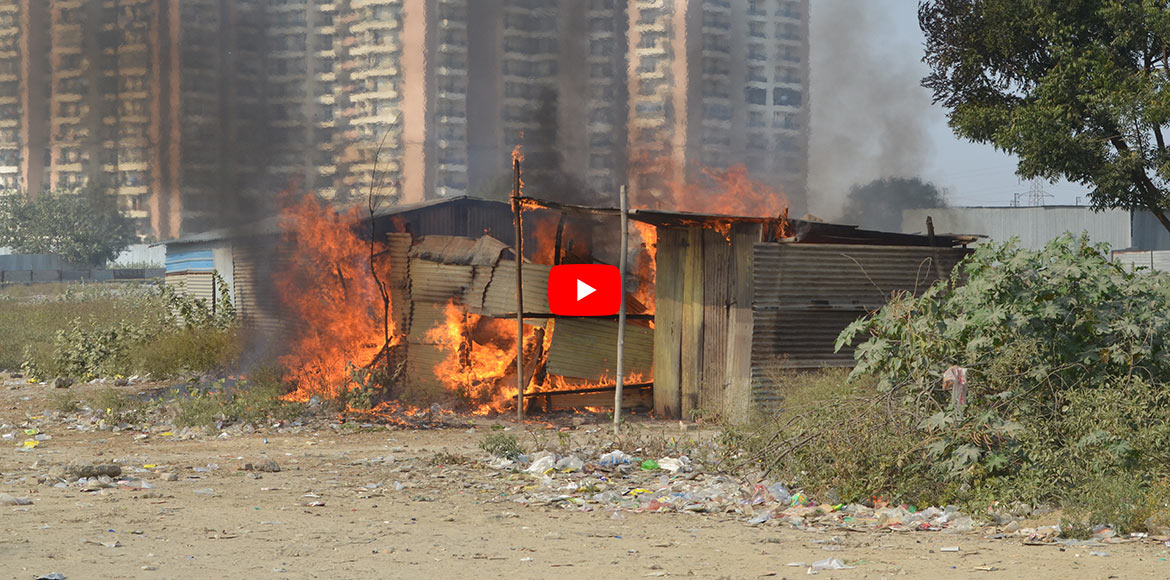 Crossings Republik: 2 makeshift huts gutted in fire; law and order fails