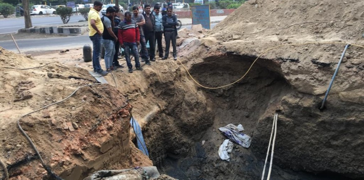 DJB finally starts work on choked sewer line in Se