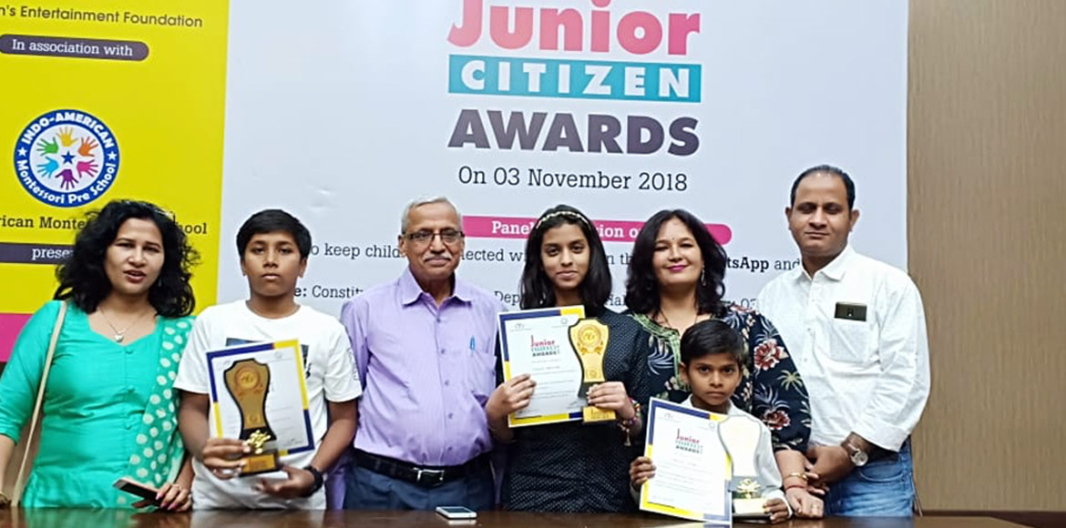 Gurgaon: 3 students get citizen award for 'under a tree' teaching initiative
