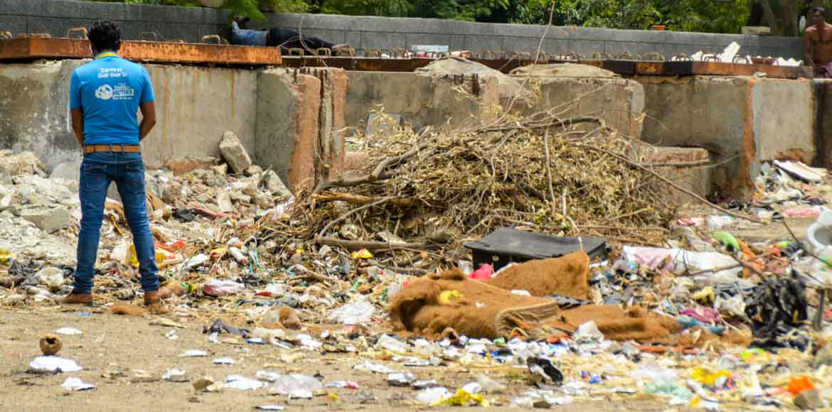 Noida Authority imposes penalty on people urinating in open