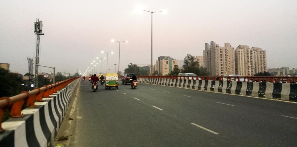 'Elevated road from Rajnigandha Chowk to Sec 57 no