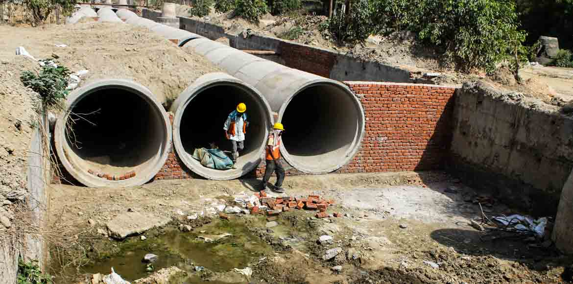 Noida Authority starts construction of sewer lines