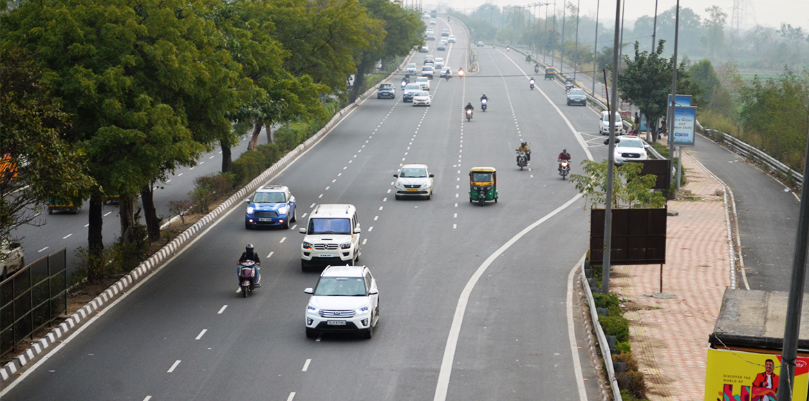 Gurgaon: Roads to be improved in all DLF areas in