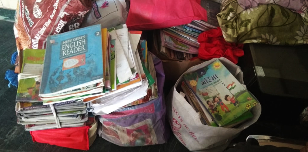 What to do with old textbooks? Read, reuse, recycle!